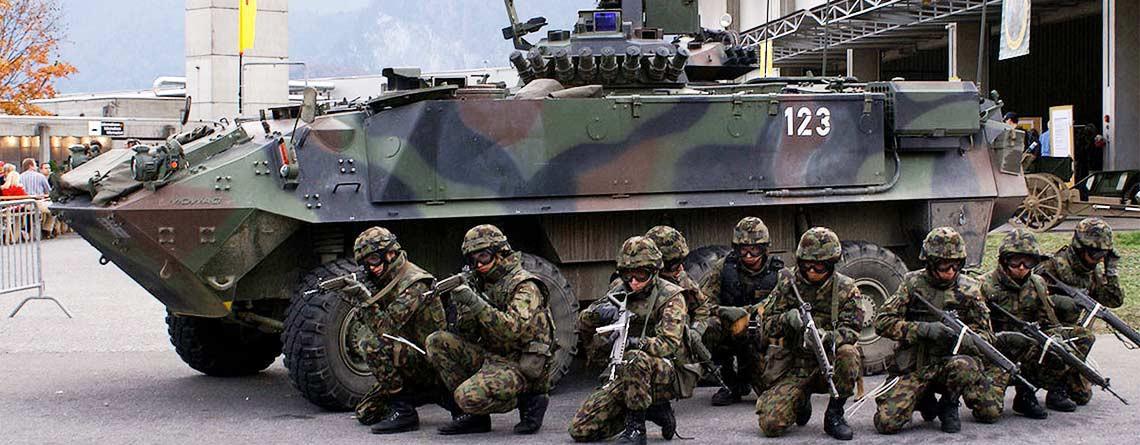 Stop alla politica d'avvicinamento alla NATO!